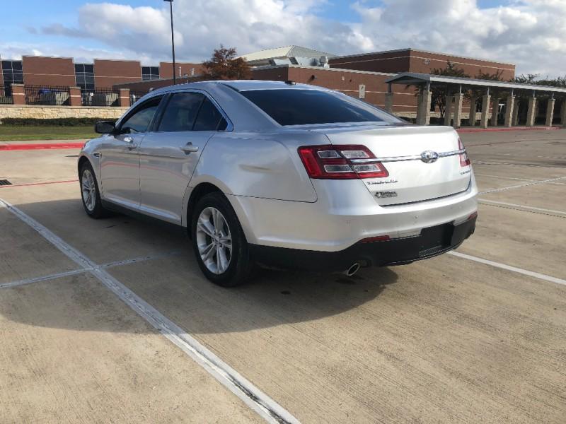 Ford Taurus 2017 price $15,995