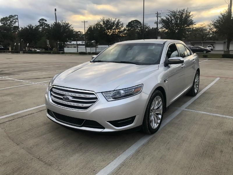 Ford Taurus 2018 price $14,995