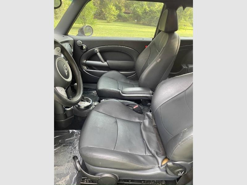 Mini Cooper Hardtop 2006 price $4,750