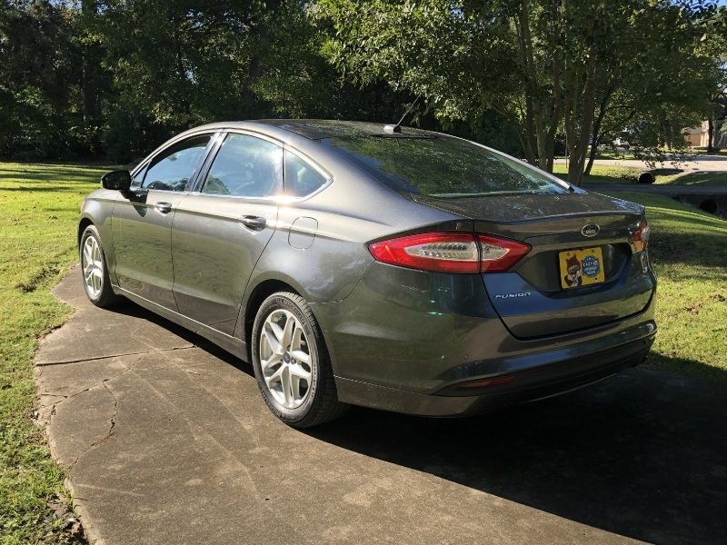 Ford Fusion 2016 price $13,999