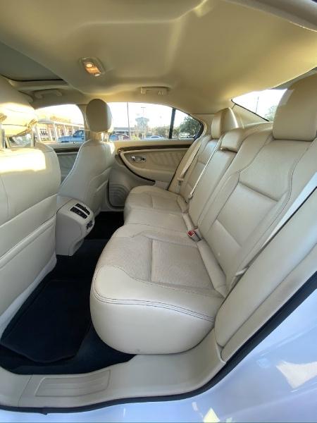 Ford Taurus 2017 price $17,999