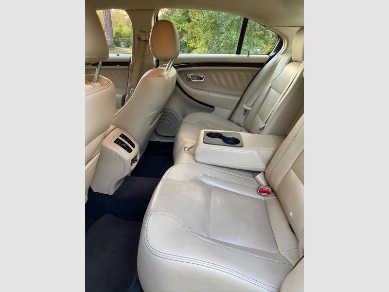 Ford Taurus 2017 price $16,999