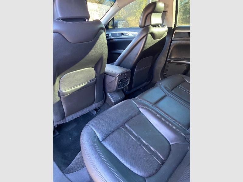 Lincoln MKZ 2013 price $10,450