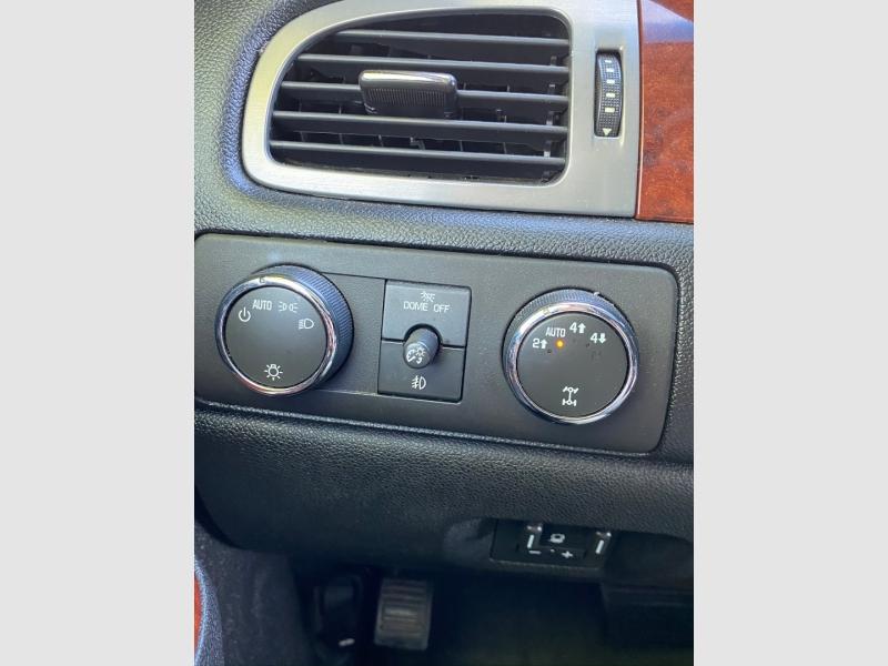 Chevrolet Suburban 2011 price $18,999