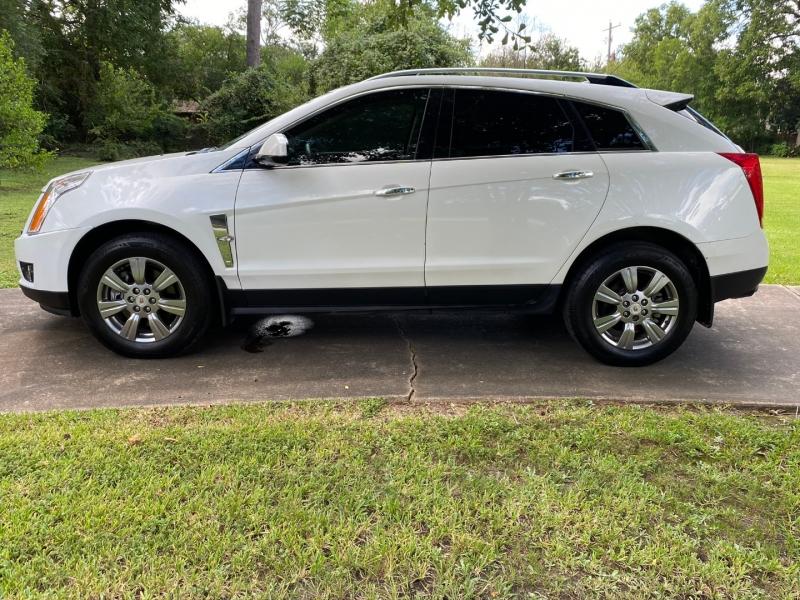 Cadillac SRX 2016 price $21,999