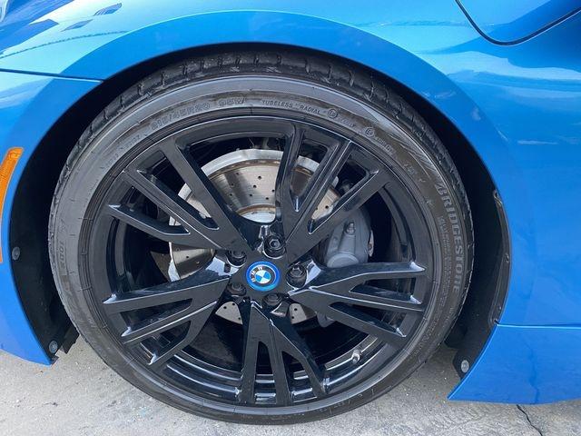 BMW i8 2015 price $68,799