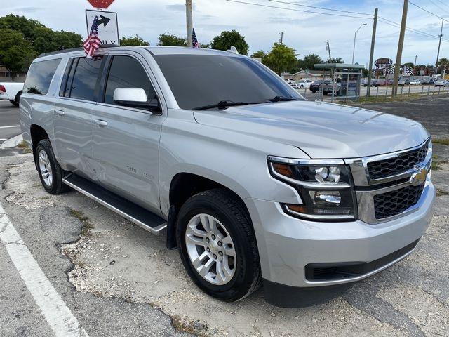 Chevrolet Suburban 2015 price $26,499