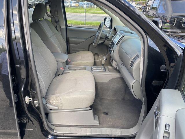 Nissan Frontier Crew Cab 2019 price $27,995