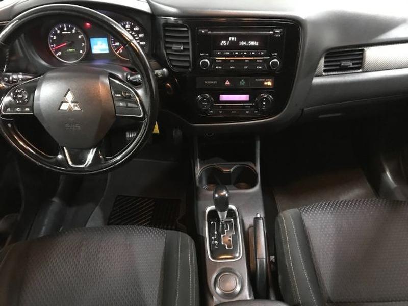 Mitsubishi Outlander 2016 price $0