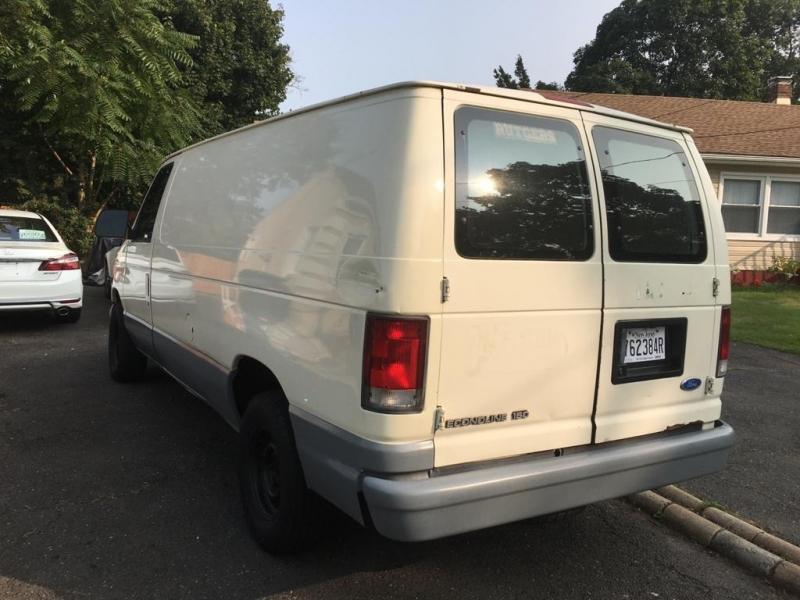 Ford Econoline Cargo Van 1995 price $2,395