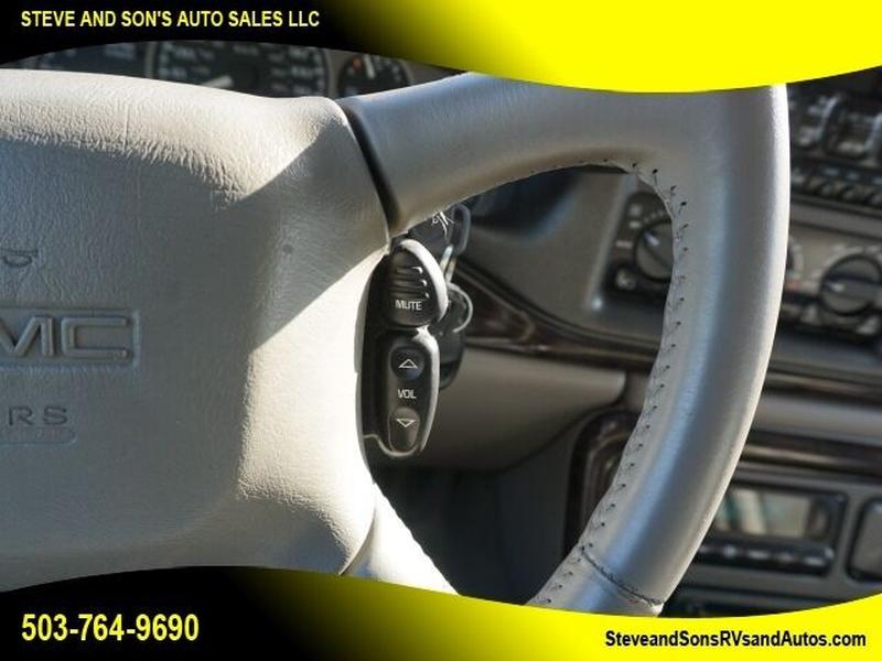 GMC Yukon 2002 price $6,995
