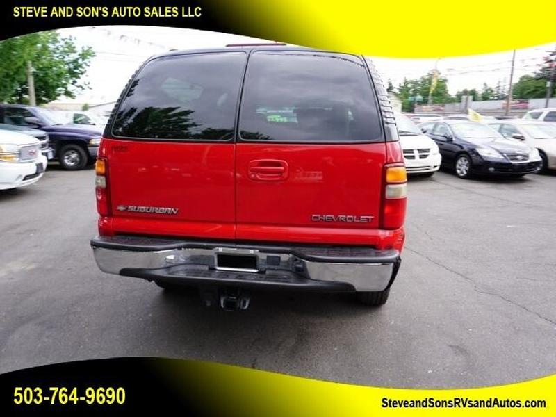 Chevrolet Suburban 2001 price $10,995