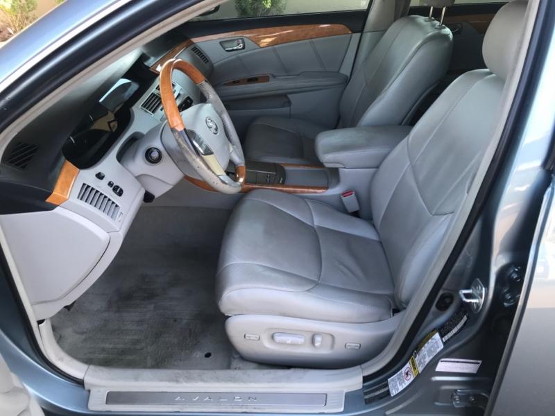 Toyota Avalon 2006 price $5,495