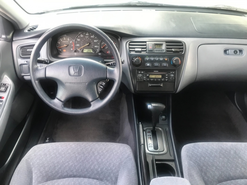 Honda Accord Sdn 2001 price $3,995