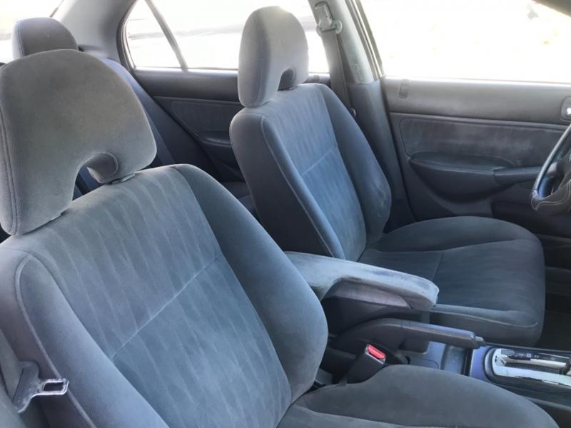 Honda Civic 2004 price $3,995