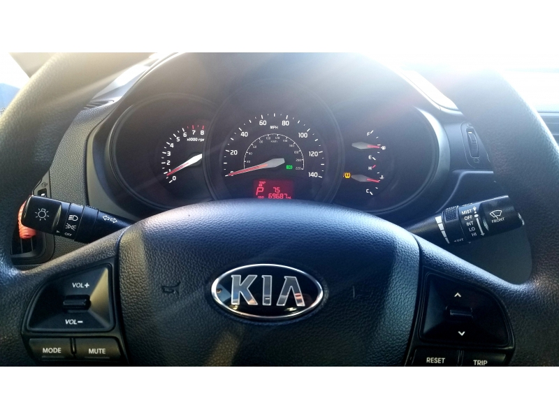 Kia Rio 2015 price $6,500
