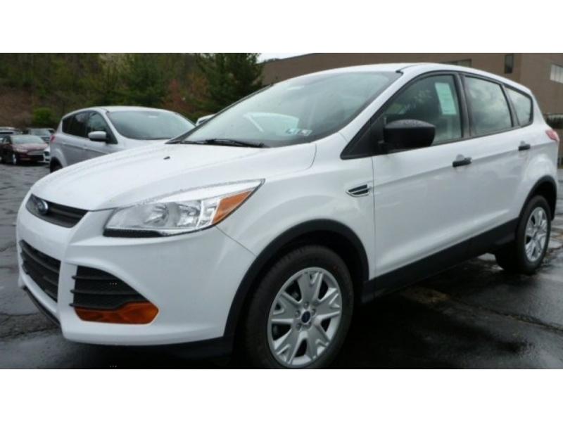 Ford Escape 2015 price $9,999