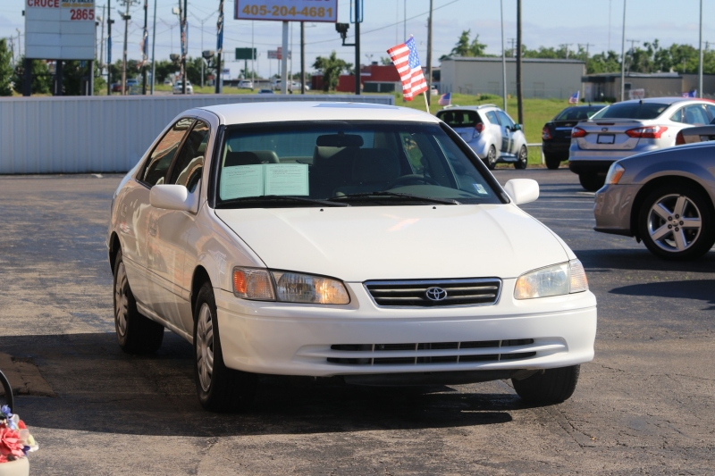 Toyota Camry 2001 price LOW DOWN PAYMENT