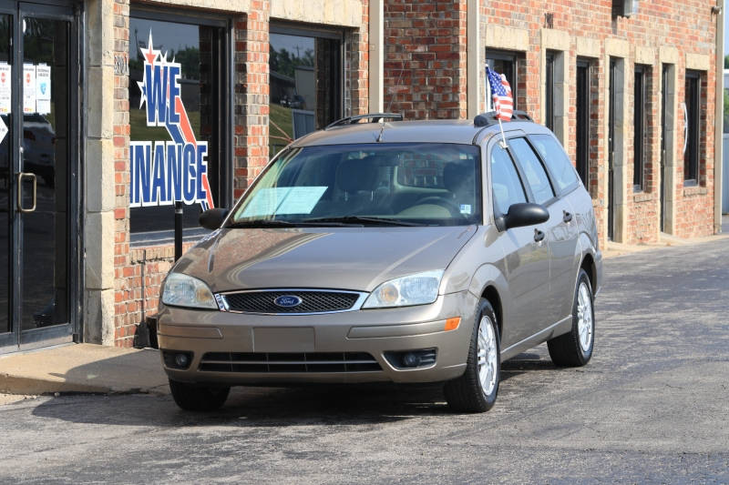 Ford Focus Wagon 2005 price LOW DOWN PAYMENT