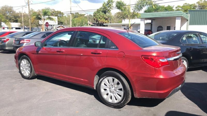 CHRYSLER 200 2014 price $6,900
