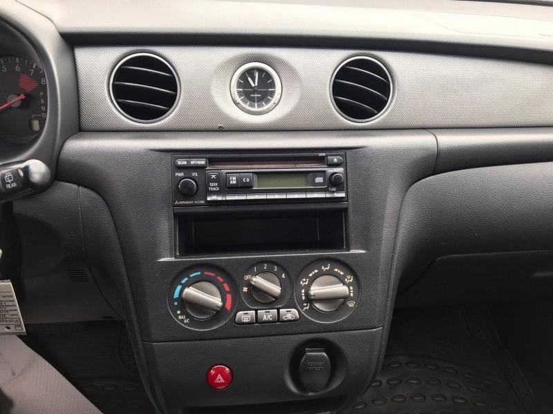 Mitsubishi Outlander 2003 price $3,800