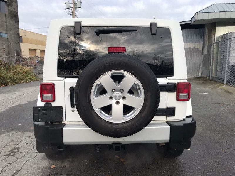 Jeep Wrangler Unlimited 2012 price $24,800