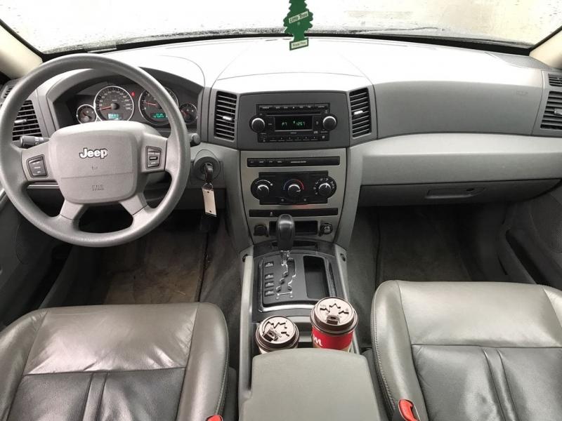 Jeep Grand Cherokee 2007 price $6,800