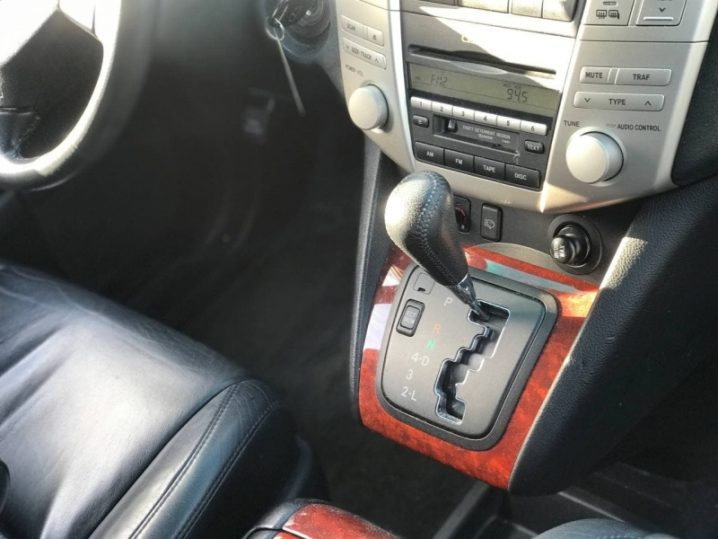 Lexus RX 330 2006 price $7,800