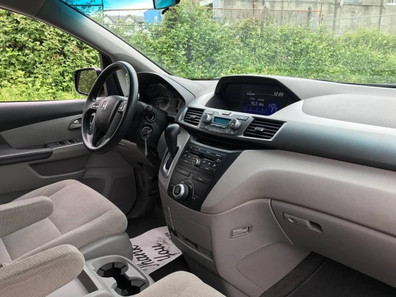 Honda Odyssey 2011 price $13,800