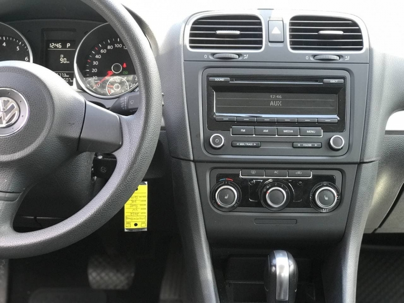 Volkswagen Golf 2012 price $7,500