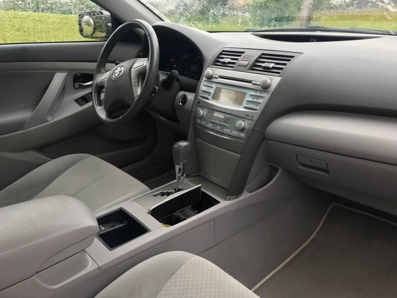 Toyota Camry Hybrid 2009 price $8,000
