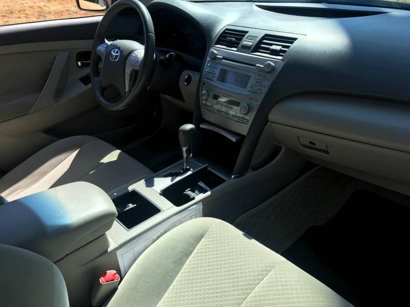Toyota Camry Hybrid 2008 price $7,800