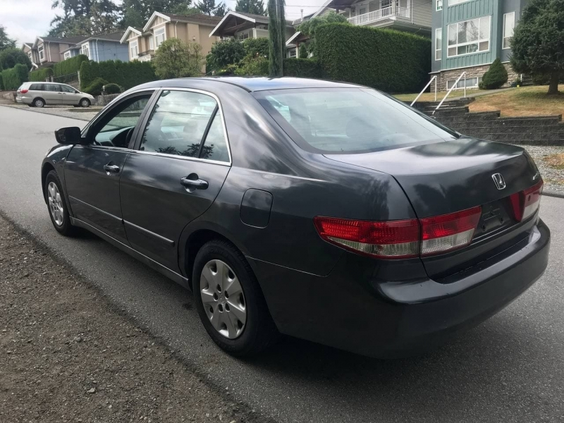 Honda Accord Sdn 2004 price $3,800