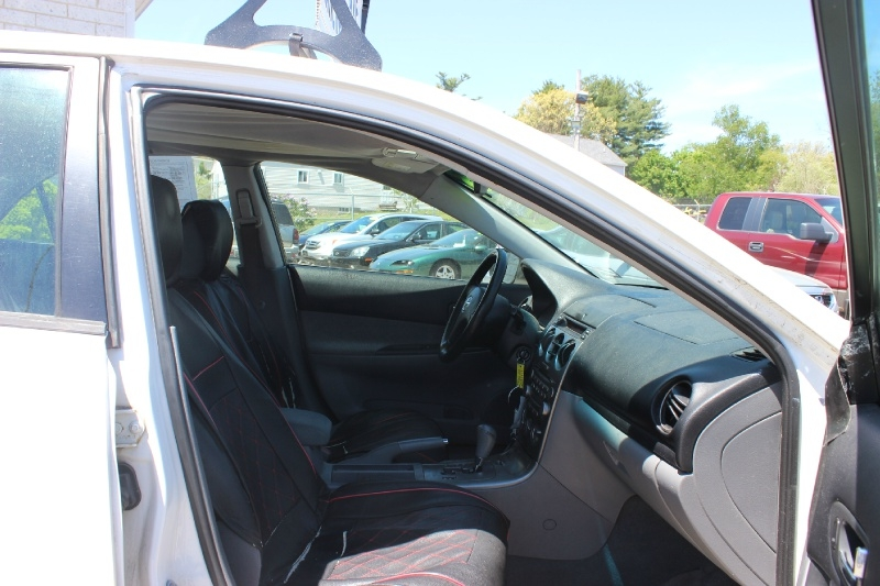 Mazda Mazda6 2003 price $750