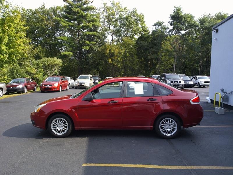 Ford Focus 2010 price $3,550
