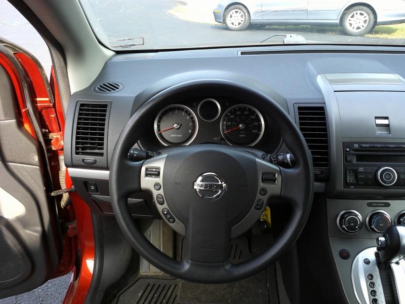 Nissan Sentra 2011 price $5,950