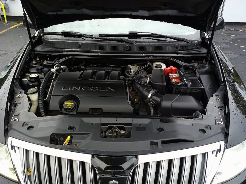 Lincoln MKS 2009 price $6,450