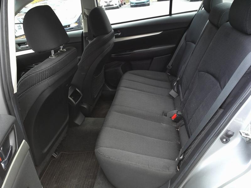 Subaru Legacy 2011 price $6,250