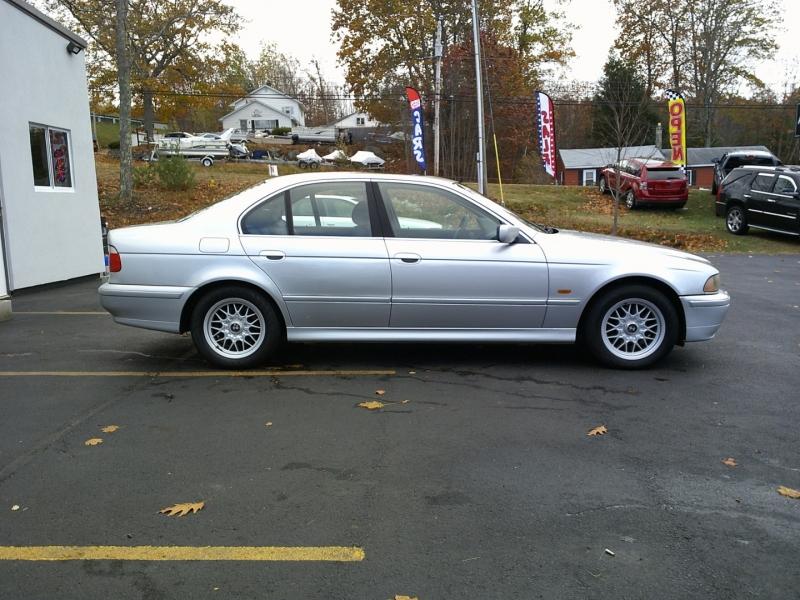 BMW 5-Series 2002 price $3,550