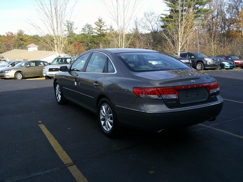 Hyundai Azera 2007 price $5,950
