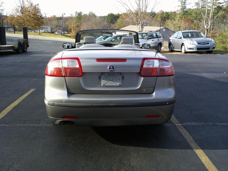 Saab 9-3 2004 price $4,550