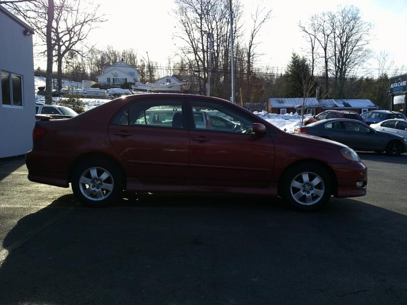 Toyota Corolla 2006 price $2,550