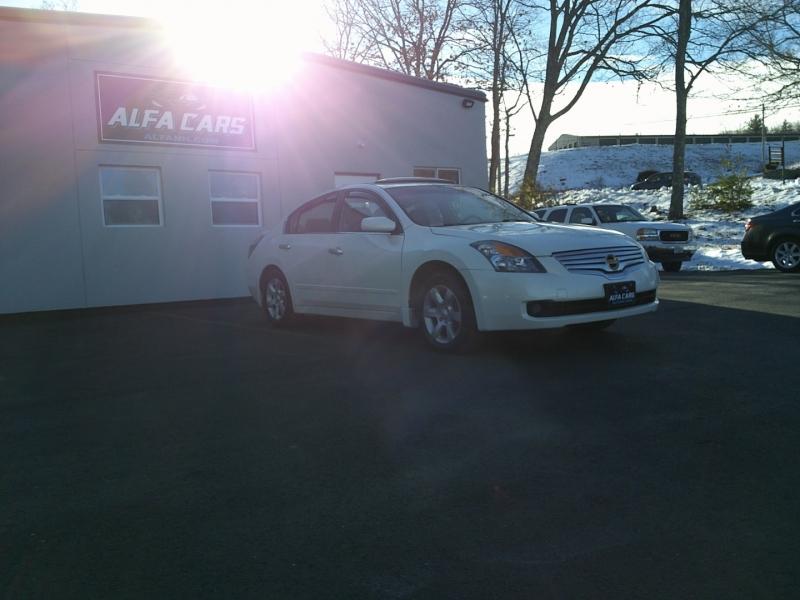 Nissan Altima 2009 price $5,450