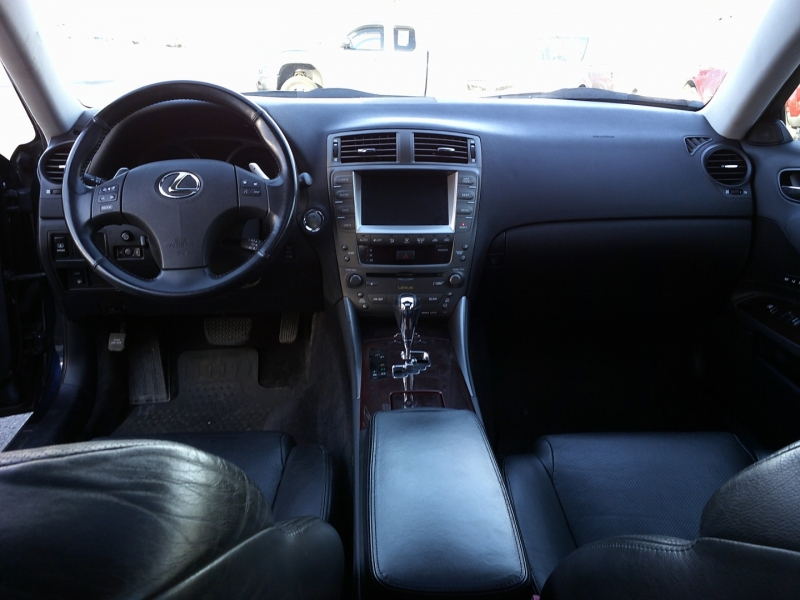 Lexus IS 250 2006 price $5,950