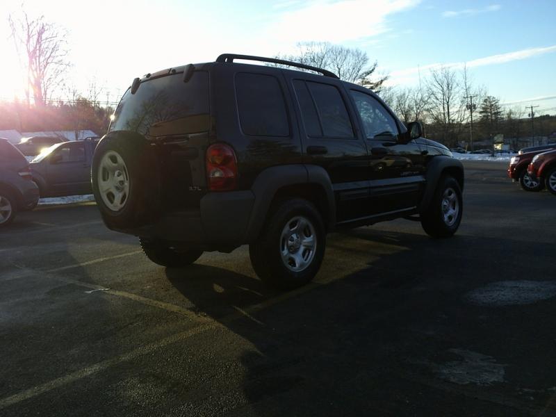 Jeep Liberty 2003 price $7,950