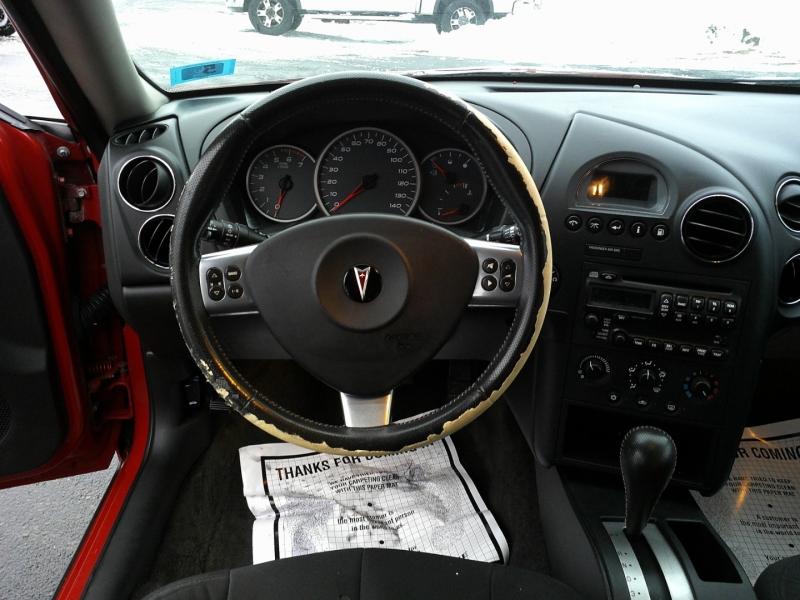 Pontiac Grand Prix 2008 price $1,950