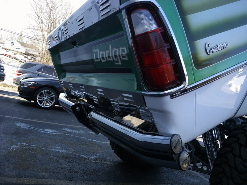 Dodge D200 1976 price $32,250