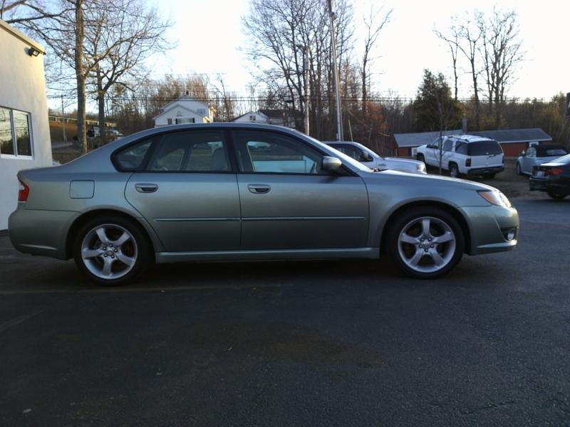 Subaru Legacy 2009 price $5,850
