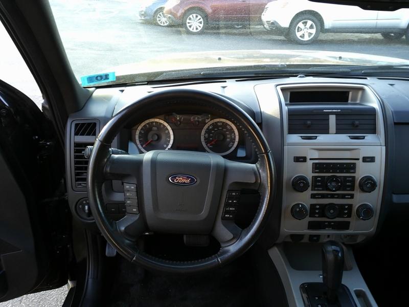 Ford Escape 2011 price $5,550