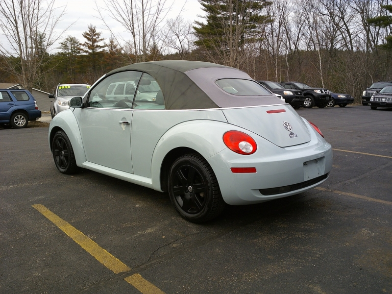 Volkswagen New Beetle Convertible 2006 price $6,750